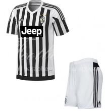 Форма игровая домашняя  Juventus сезон 2015/16